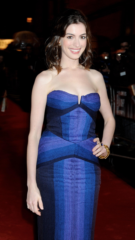 36301_Anne_Hathaway-Rachel_Getting_Married_premiere-016_122_753lo.jpg