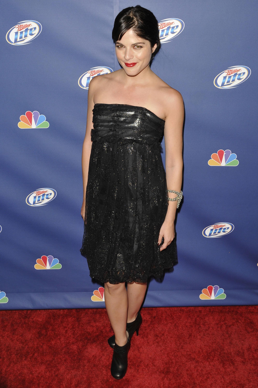 40885_Celebutopia-Selma_Blair-NBC90s_Fall_Premiere_Party-06_122_606lo.jpg