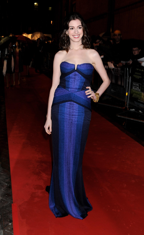 35960_Anne_Hathaway-Rachel_Getting_Married_premiere-005_122_1084lo.jpg