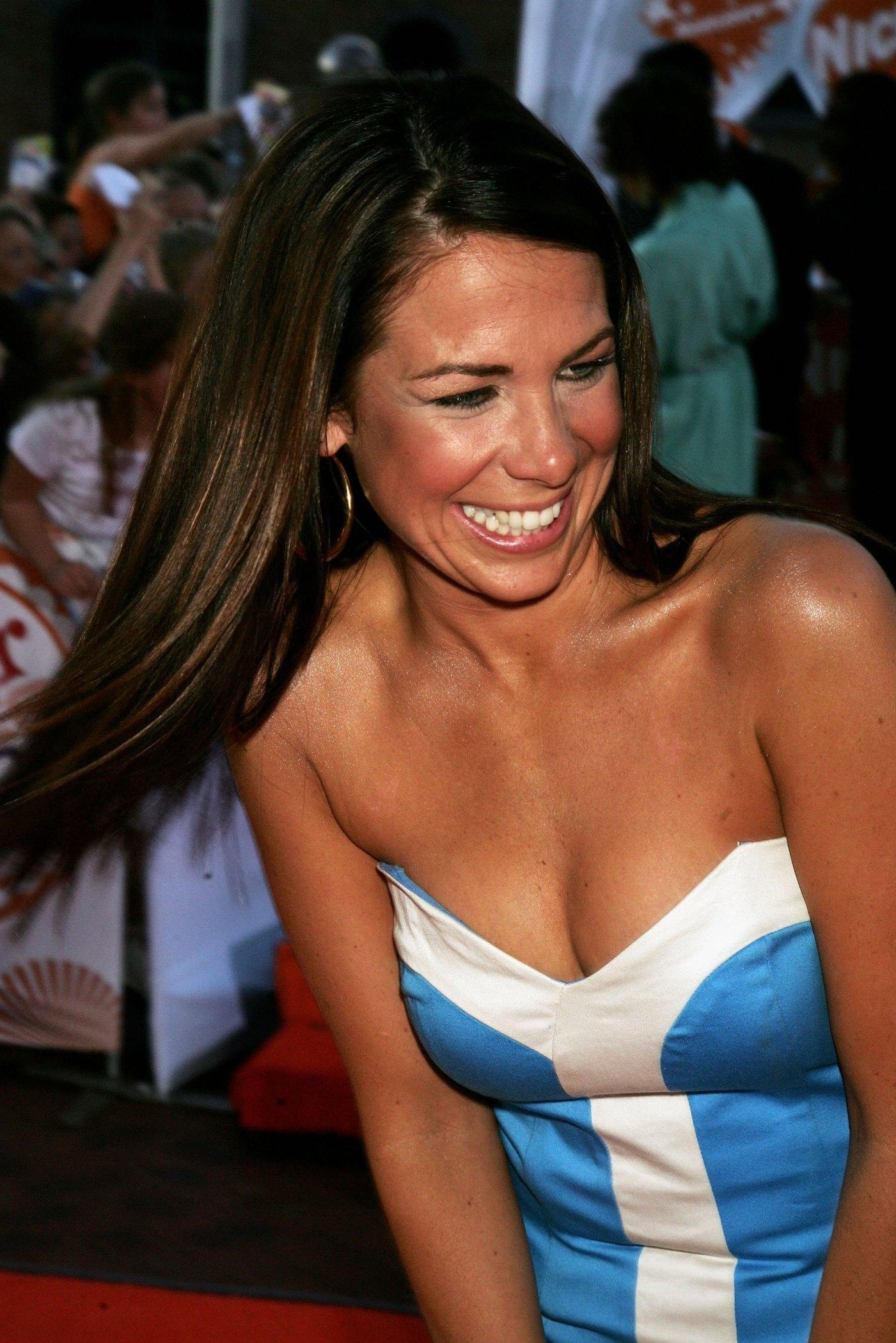 59378_Kate_Ritchie23_122_1145lo.jpg