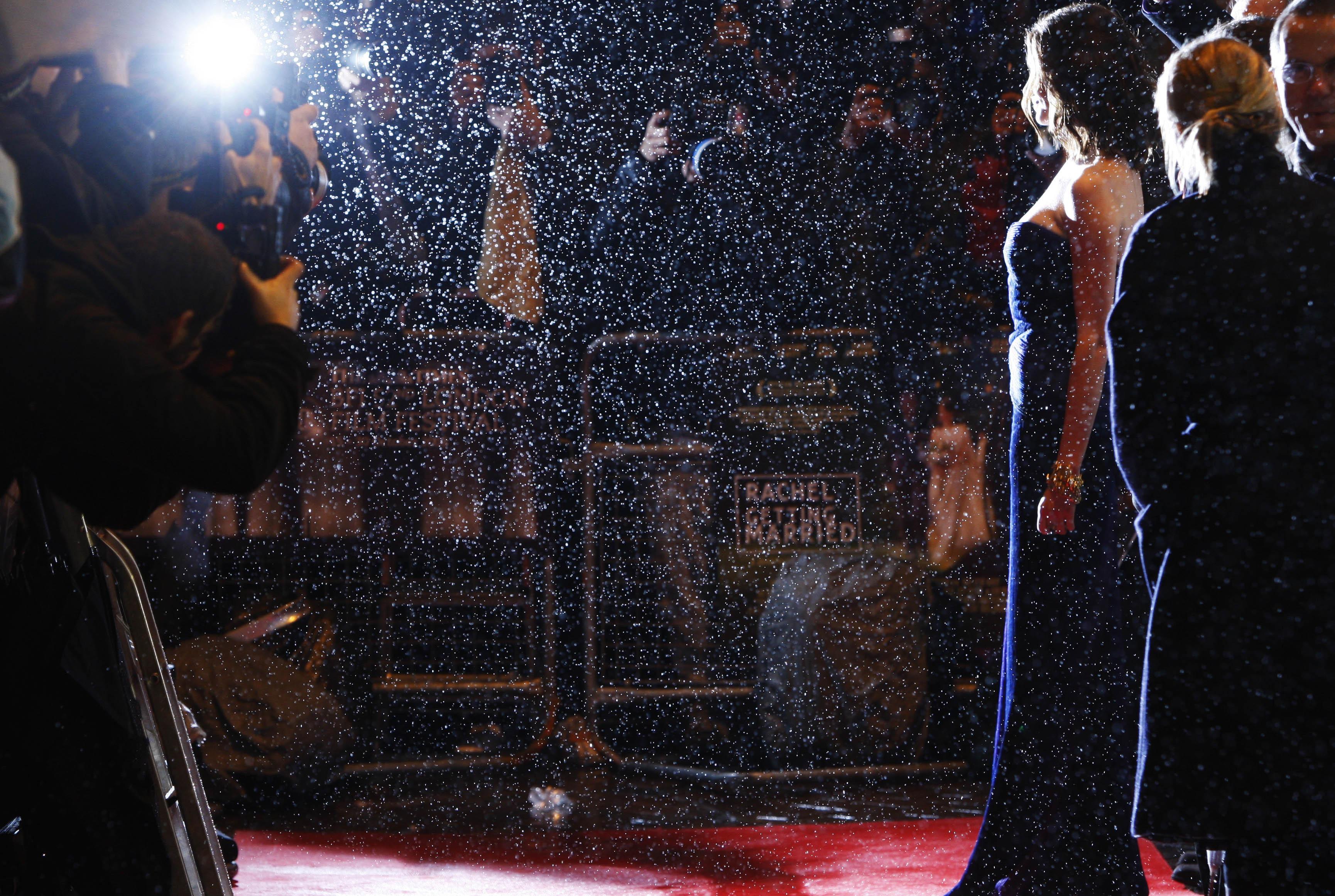 36815_Anne_Hathaway-Rachel_Getting_Married_premiere-031_122_855lo.jpg