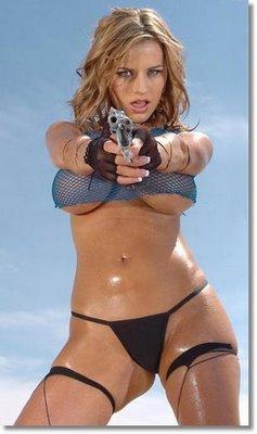 75587_pics_big-breasted-gun-holder_122_1149lo.jpg
