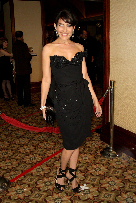 57963_Celebutopia-Lisa_Edelstien_arrives_at_the_61st_Annual_Directors_Guild_of_America_Awards-01_122_948lo.jpg