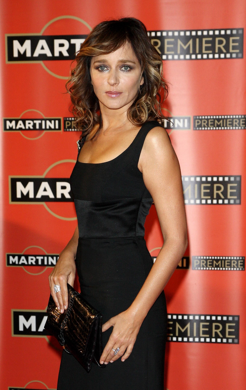 09896_Celebutopia-Valeria_Golino-Martini_Premiere_Award_ceremony_in_Milan-06_122_76lo.jpg