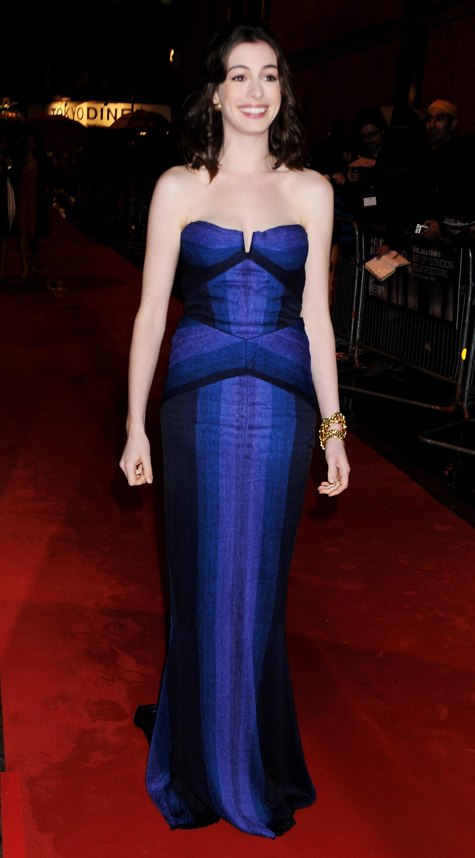35942_Anne_Hathaway-Rachel_Getting_Married_premiere-004_122_594lo.jpg