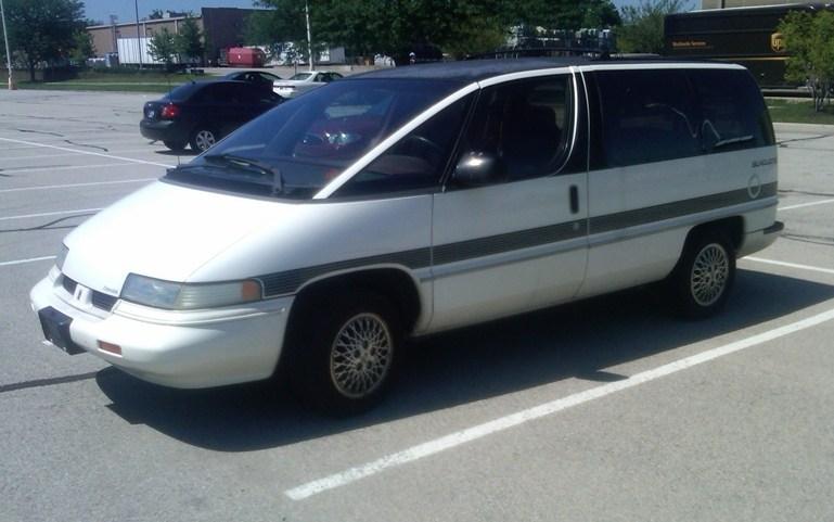 41407_1990_Oldsmobile_Silhouette_4_122_506lo.jpg