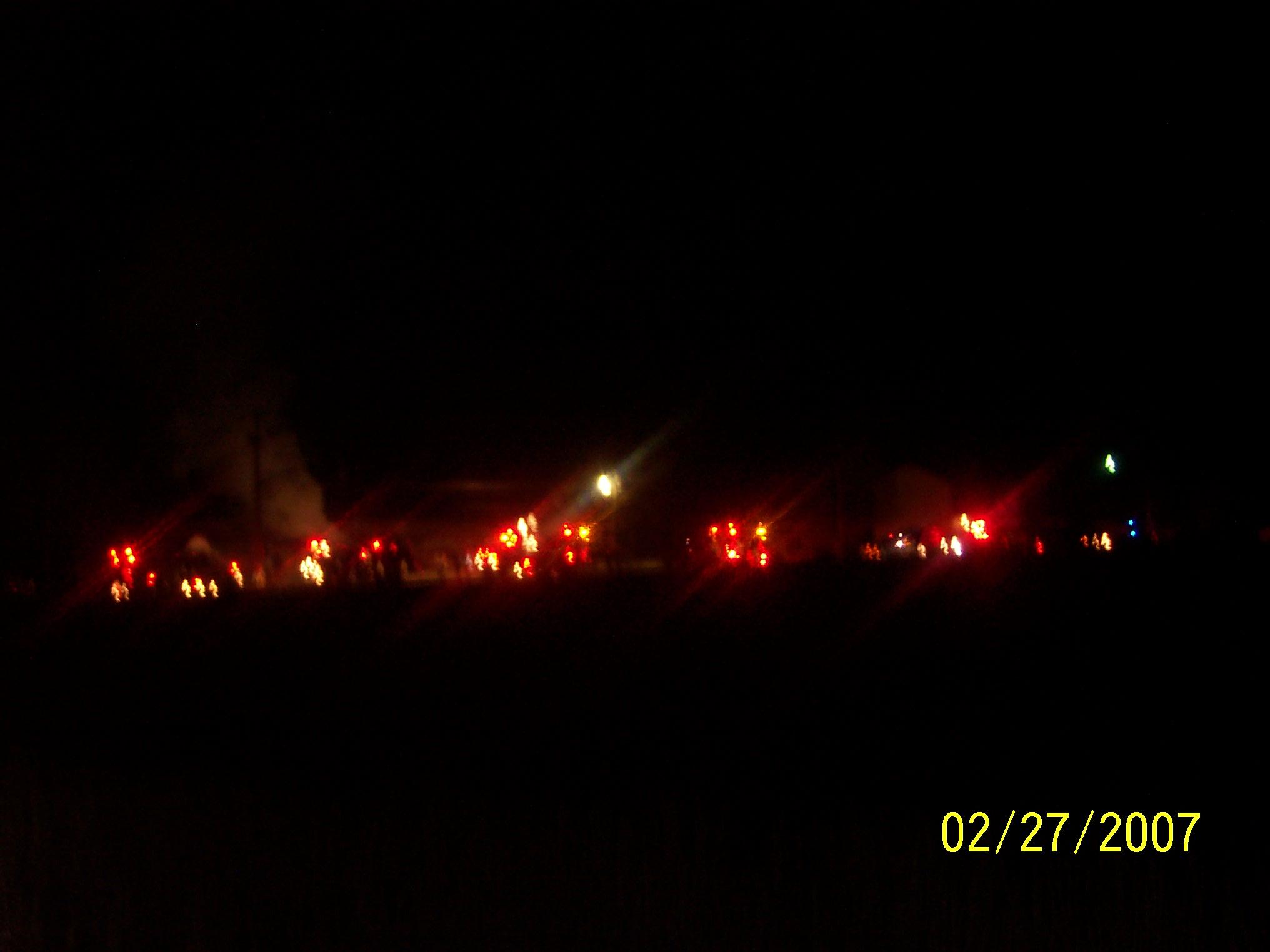 39835_fire_014_122_60lo.jpg