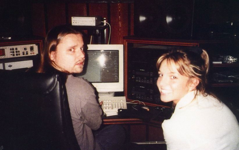 44083_77948291_large_3387363_Britney_With_Max_Martin_In_1998__Recording_Baby_One_More_Time_122_370lo.jpg