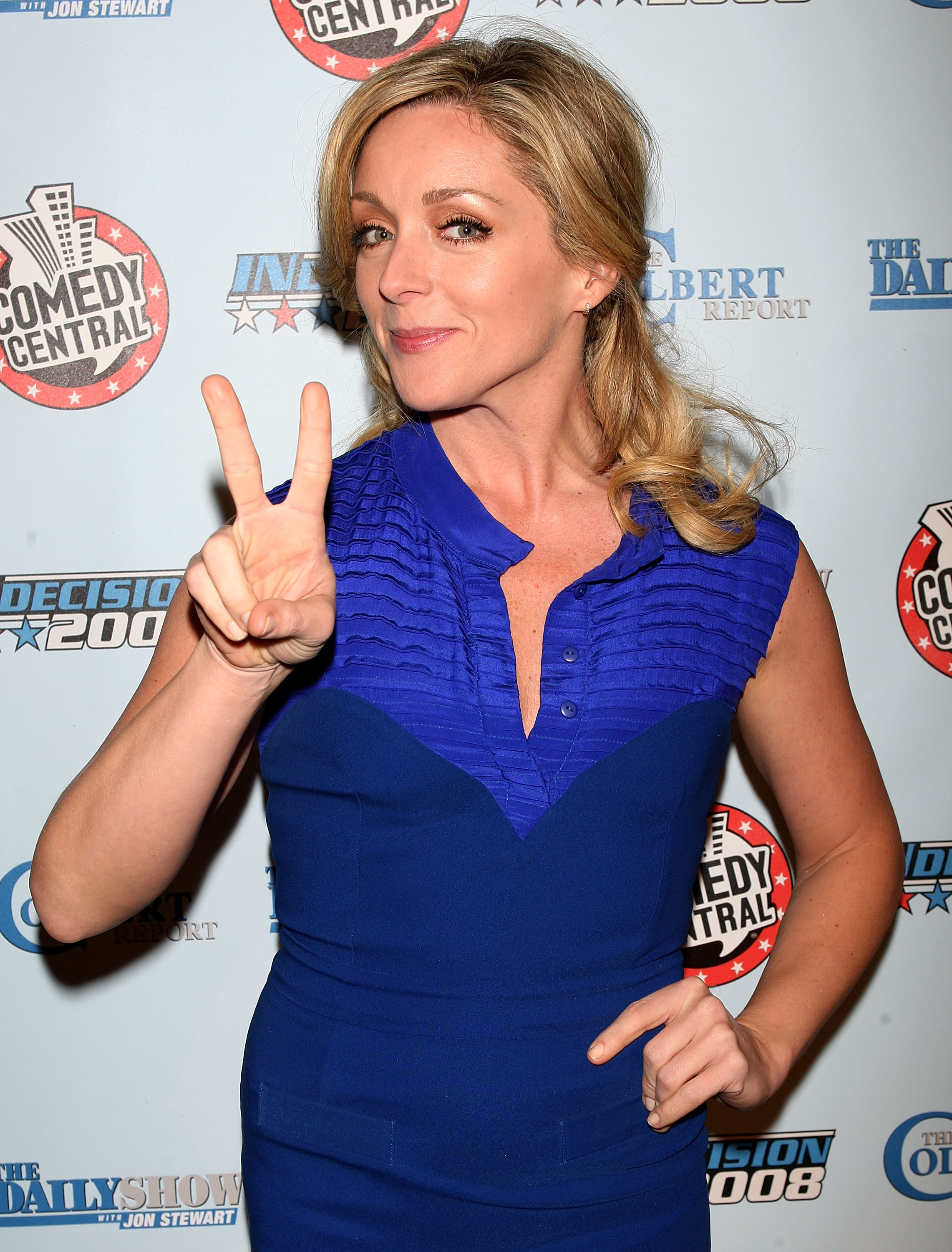 67787_Celebutopia-Jane_Krakowski-Comedy_Central1s_Indecision_2008_Election_Night_viewing_party-04_122_422lo.jpg