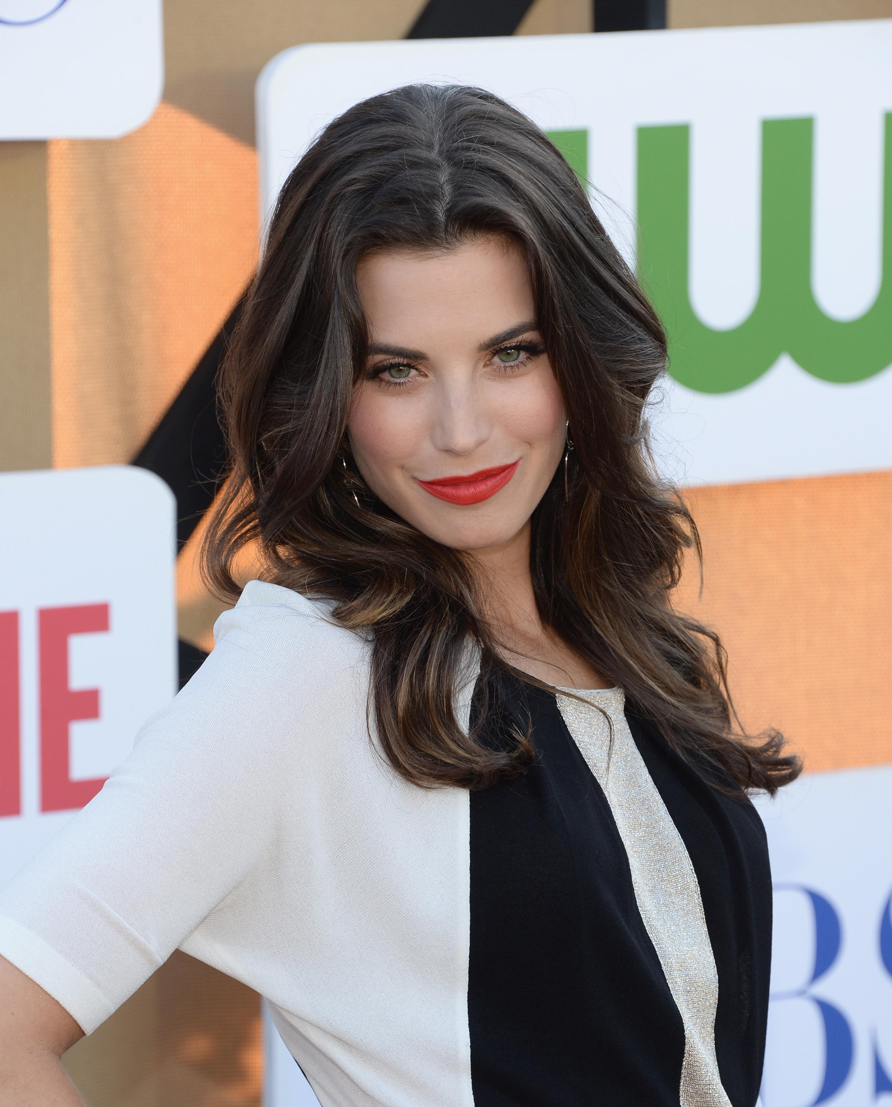 520007944_Meghan_Ory_CWCBSShowtime_2013_Summer_TCA_Party1_122_98lo.jpg
