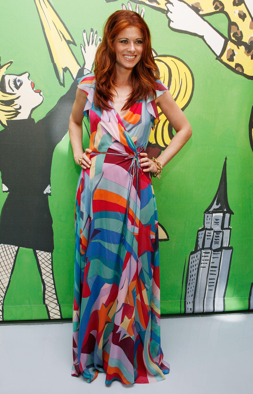 97962_Celebutopia-Debra_Messing-Launch_of_Diane_Von_Furstenberg3s_Wonder_Woman_collection-01_122_425lo.jpg