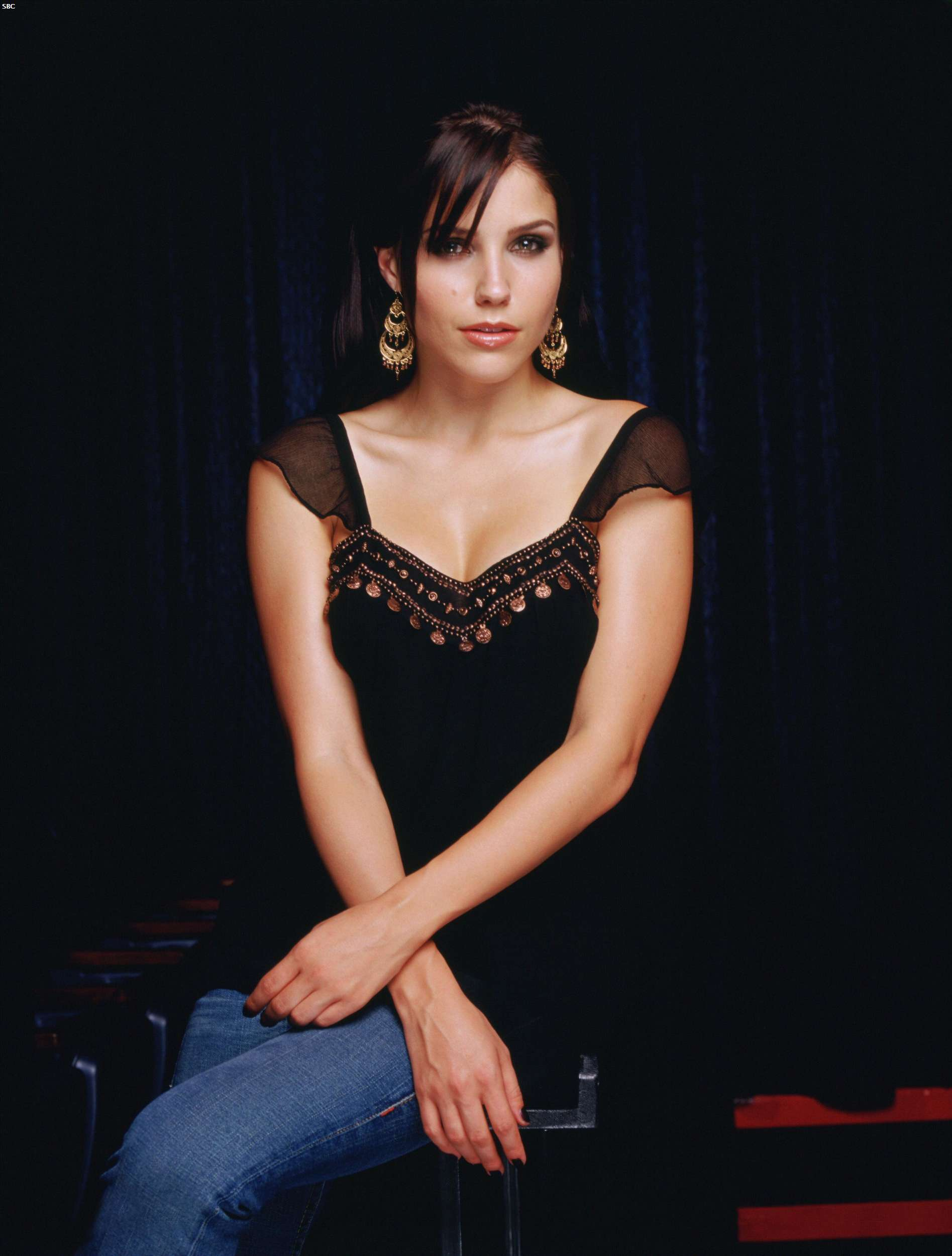 40436_Sophia_Bush_One_Tree_Hill_Promoshooting_005_123_463lo.jpg