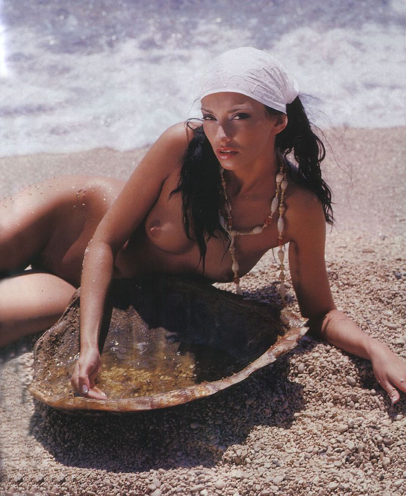 42734_AleksandraGrdic_Playboy_romanzess005.jpg
