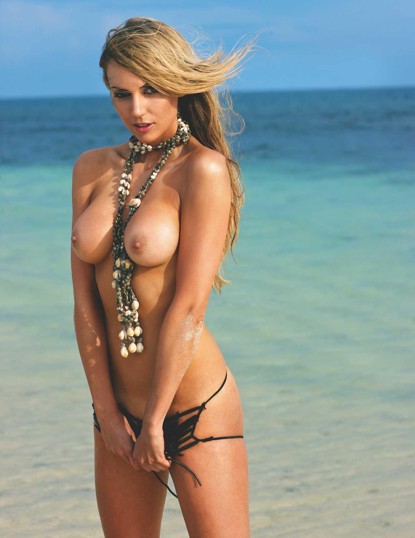 22742_septimiu29_RosannaDavison_PlayboyGermany_Oct20128_123_470lo.jpg