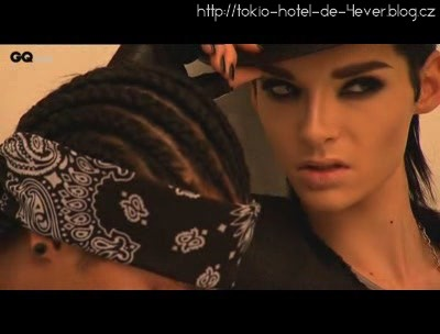 93139_bill-kaulitz-tom-kaulitz615-25-317_122_141lo.JPG