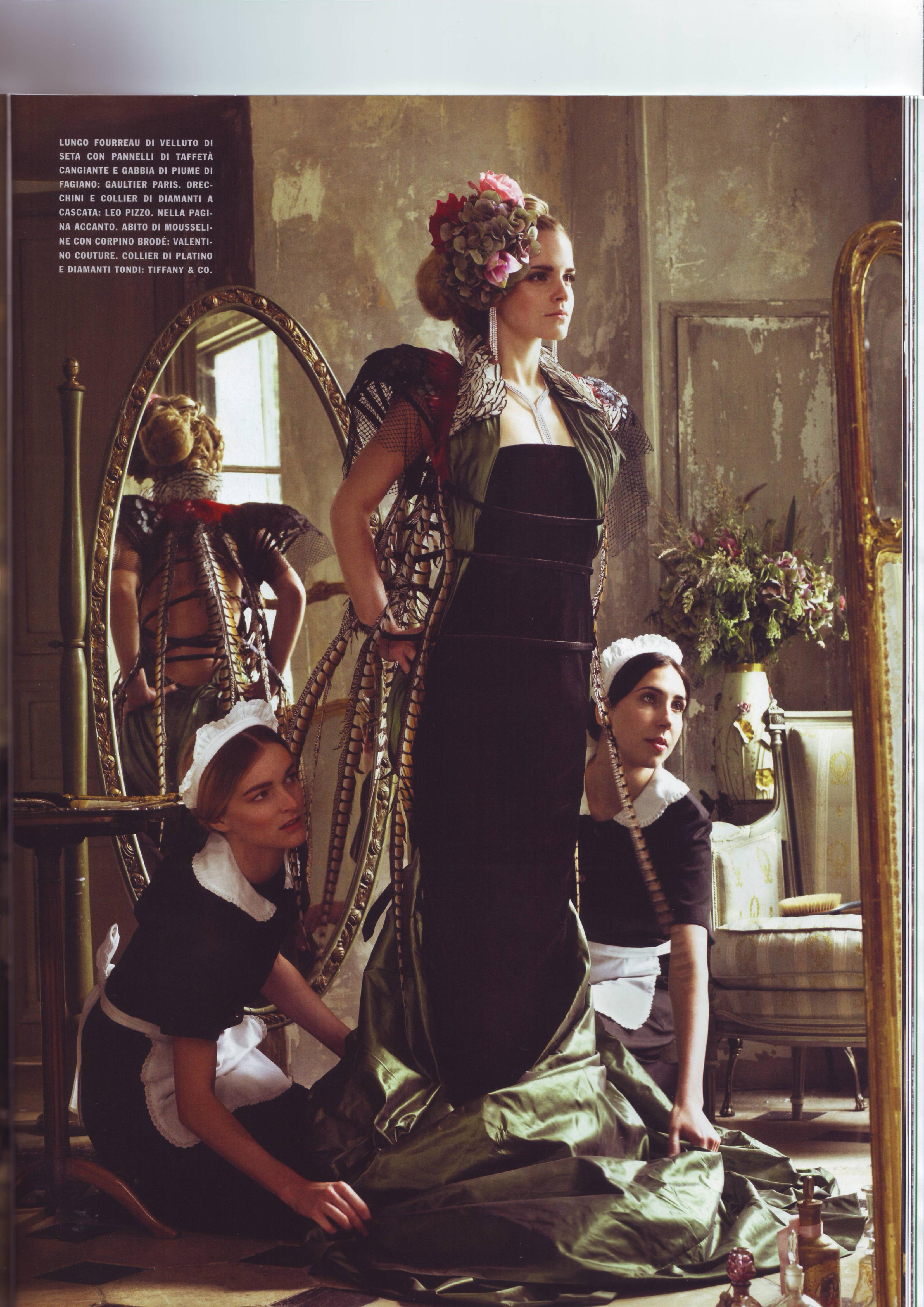 67271_Emma_Watson_-_Vogue_Italia_September_2008_068_122_853lo.jpg