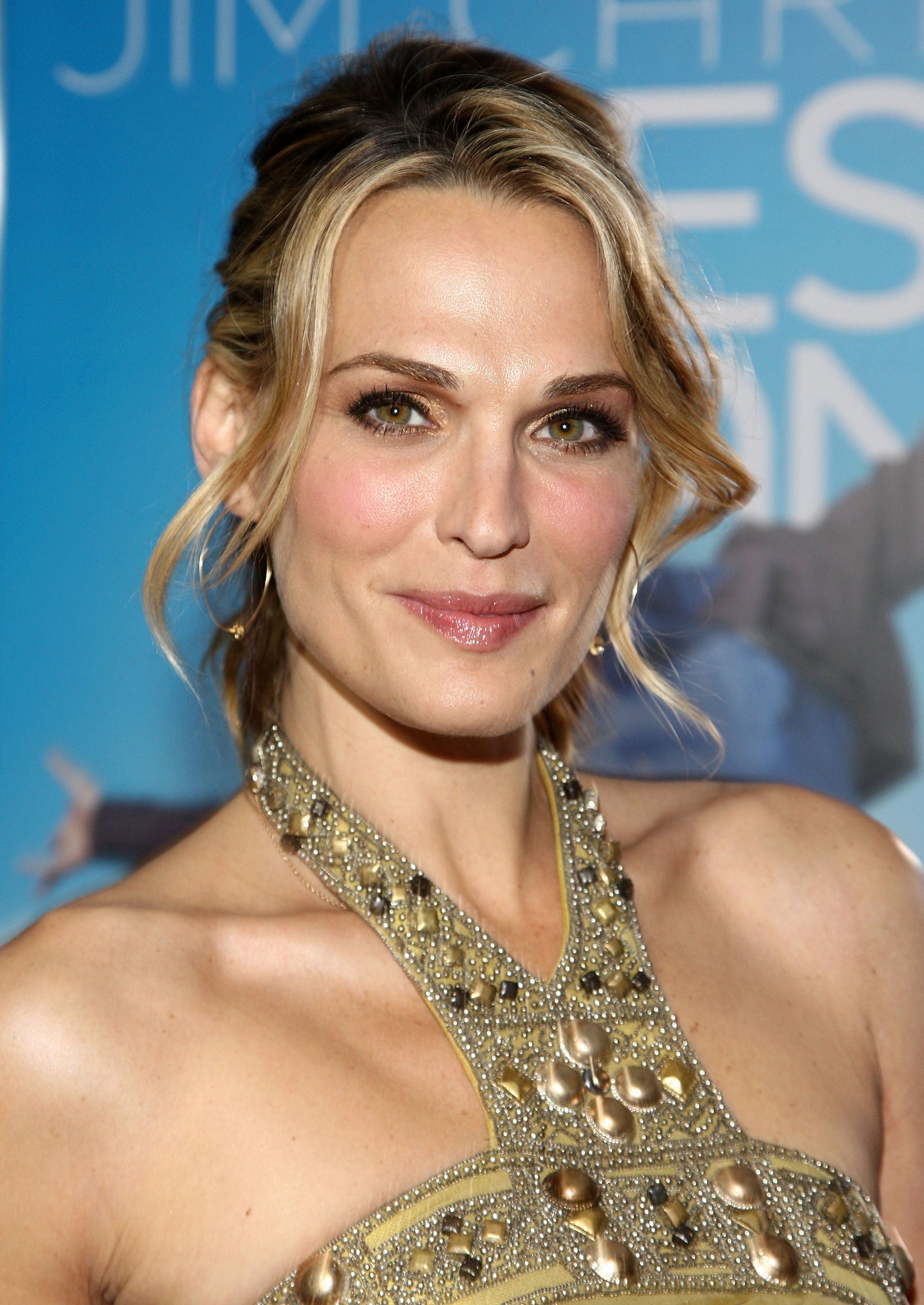 84327_Celebutopia-Molly_Sims-Yes_Man_premiere_in_Los_Angeles-01_122_870lo.jpg