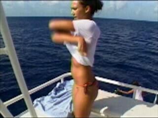 368_Jessica_Alba__MTV_Diary__Bikini_on_Boat_0001.jpg