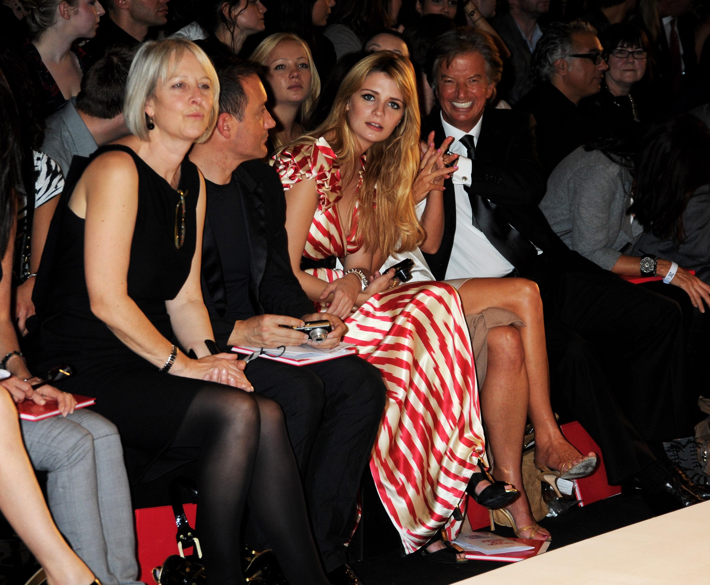 30885_Mischa_Barton_Fashion_For_Relief_09-17-2008_0003_122_596lo.jpg