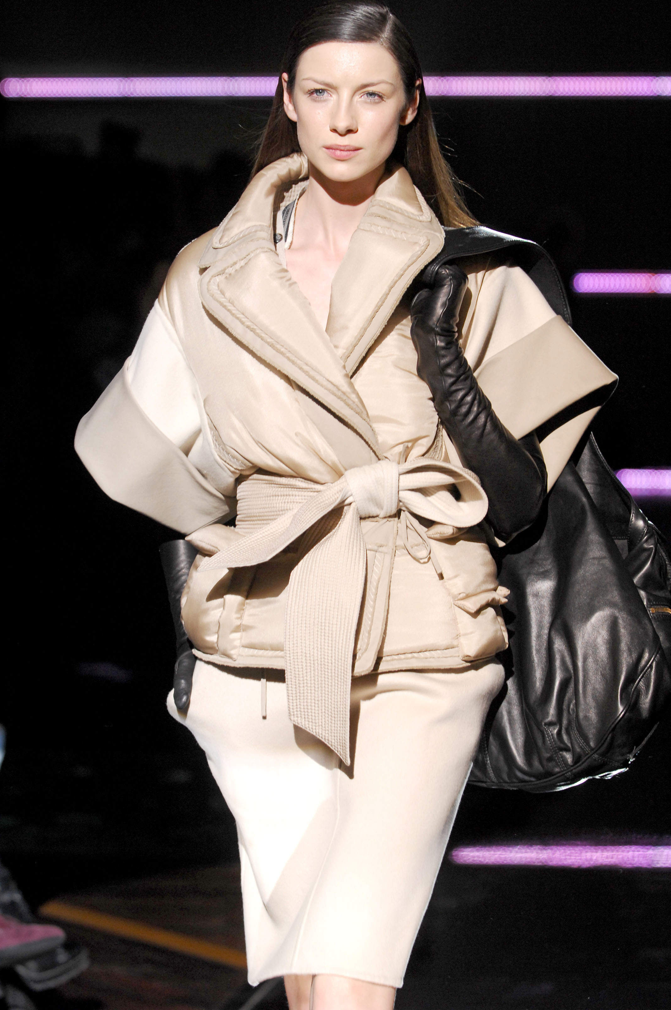 96585_celebrity_city_frr105_gianfranco_ferre_fall_winter_2007_2008_122_765lo.jpg