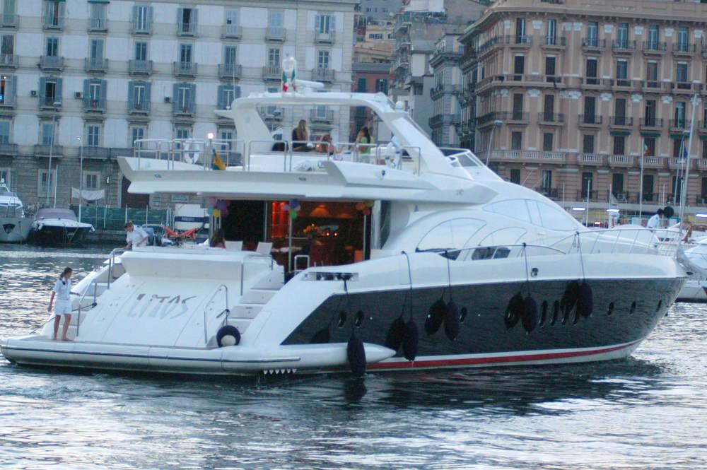 43252_mc_holiday_capri_villa_verde_002_122_853lo.jpg