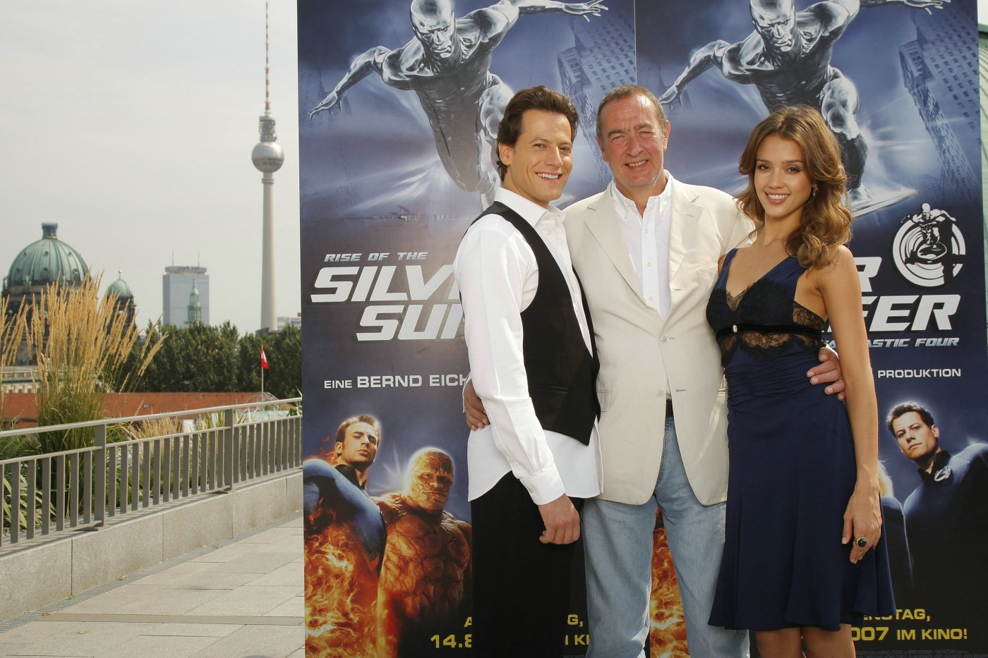 89012_20.07.2007_-_Fantastic_Four_2_Photocall_in_Berlin_002_122_1099lo.jpg