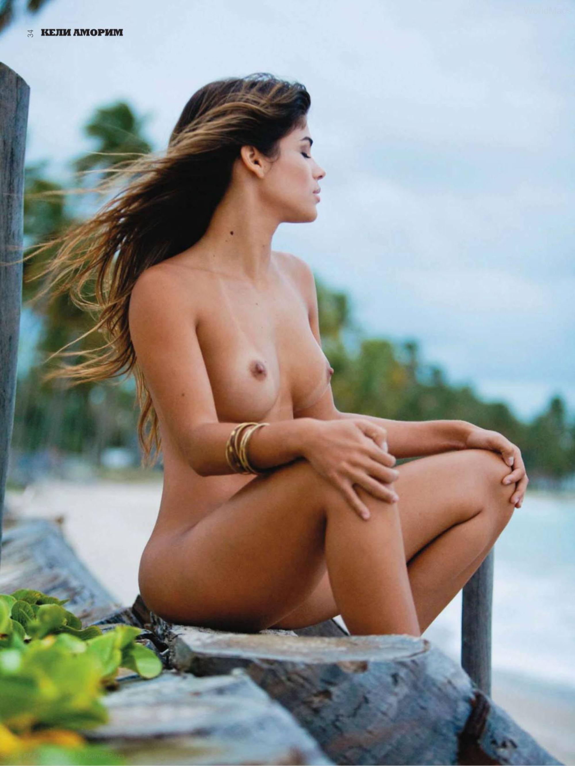 76745_Playboy2010_08Serbia_34_123_938lo.jpg