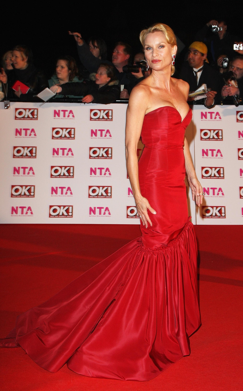 15517_Celebutopia-Nicollette_Sheridan-2008_National_Television_Awards-08_122_725lo.jpg