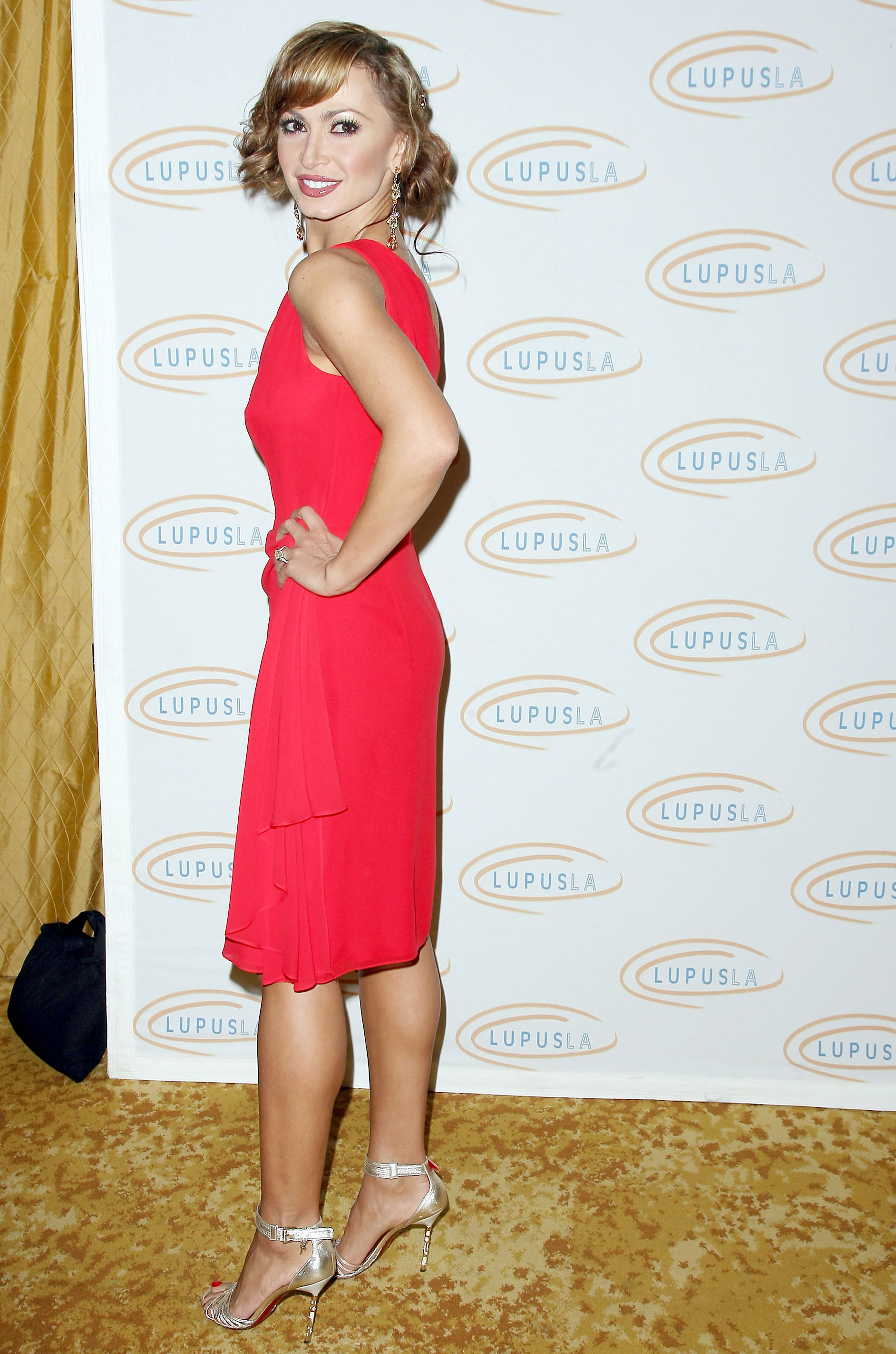31131_Karina_Smirnoff_2008-11-07_-_Lupus_LA9s_Sixth_Annual_Hollywood_Bag_Ladies_Luncheon_in_Beverly_H_0289_122_627lo.jpg