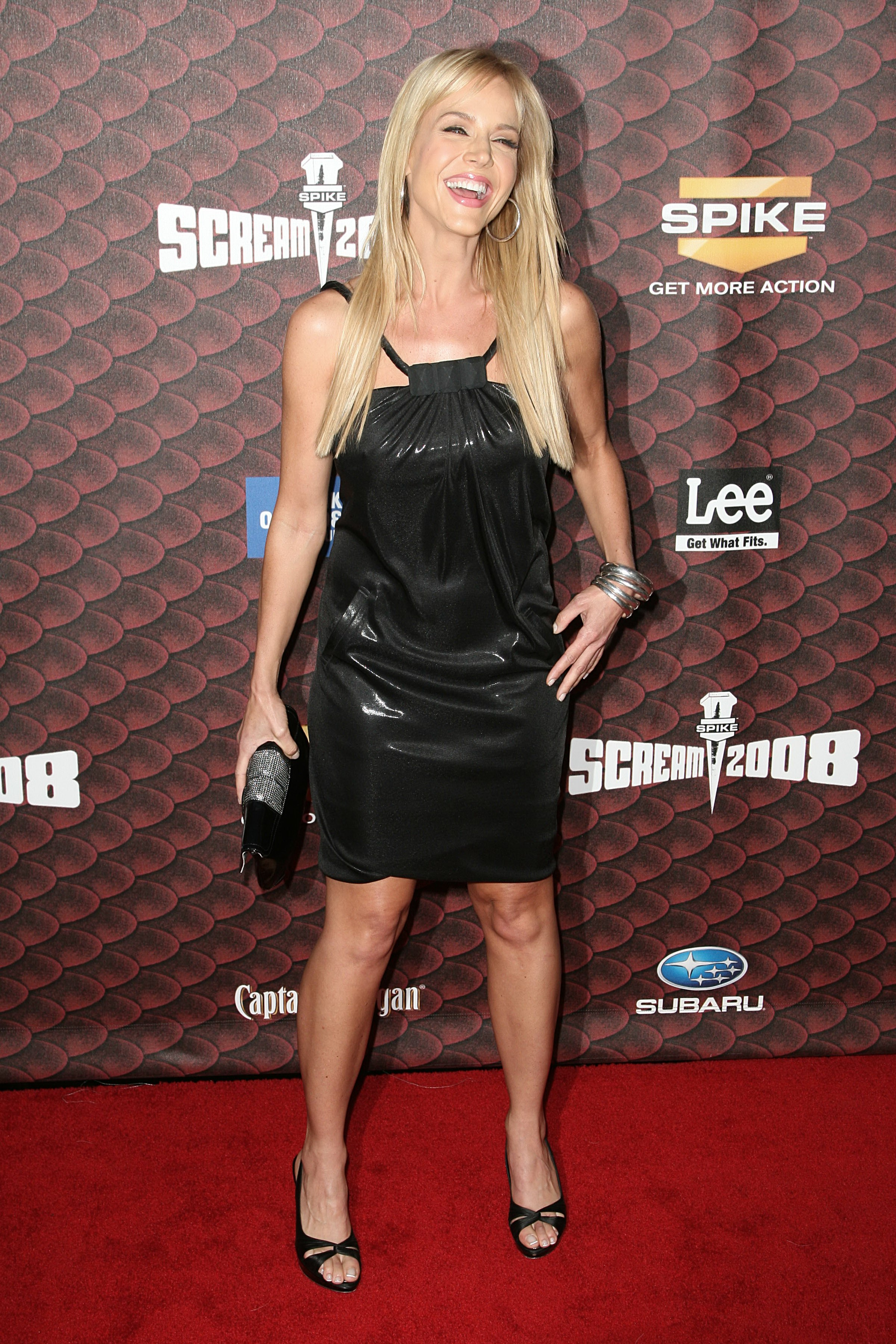 06055_julie_benz_2008spikeTV_WB_014_122_945lo.jpg
