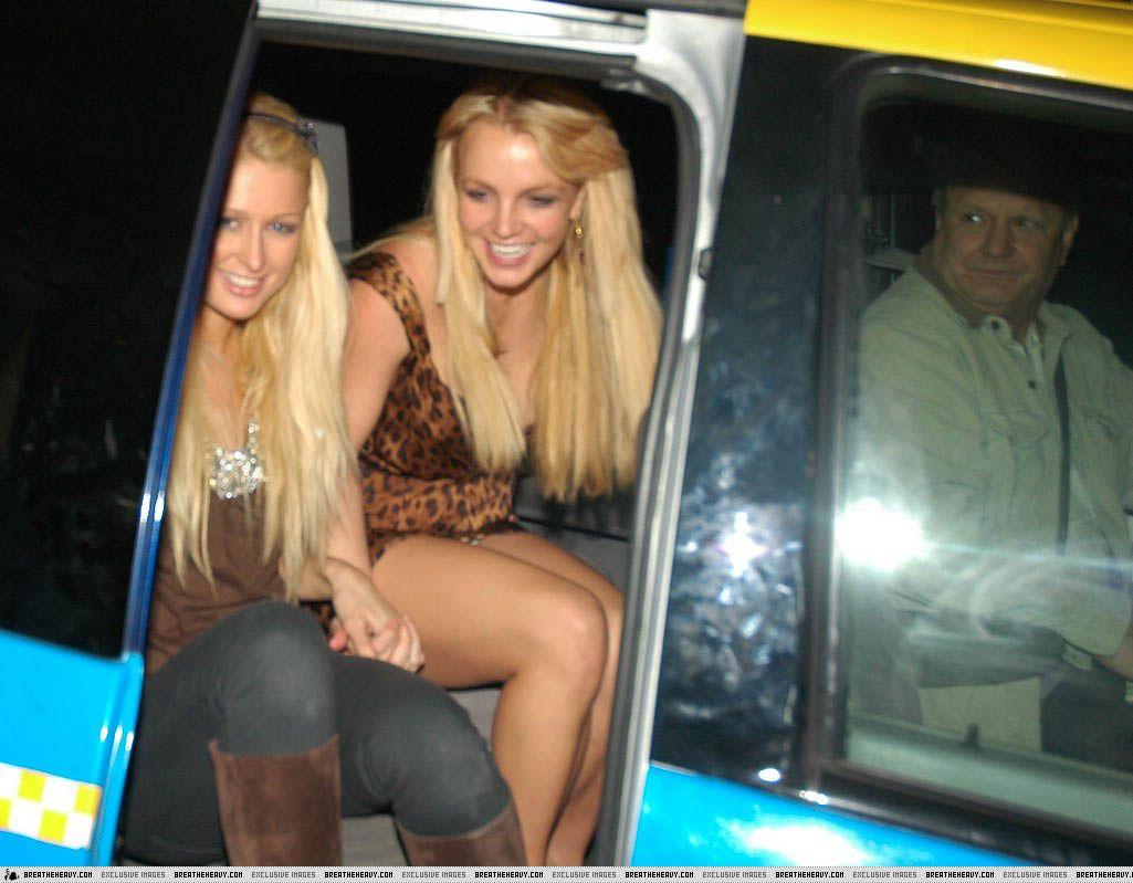 66726_BritneyLegs2_122_301lo.jpg