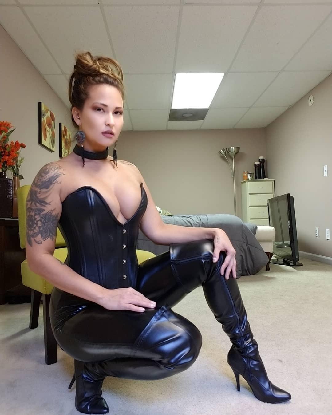327850480_corset_pbn0295tui1x6koyjo1_1280_123_470lo.jpg