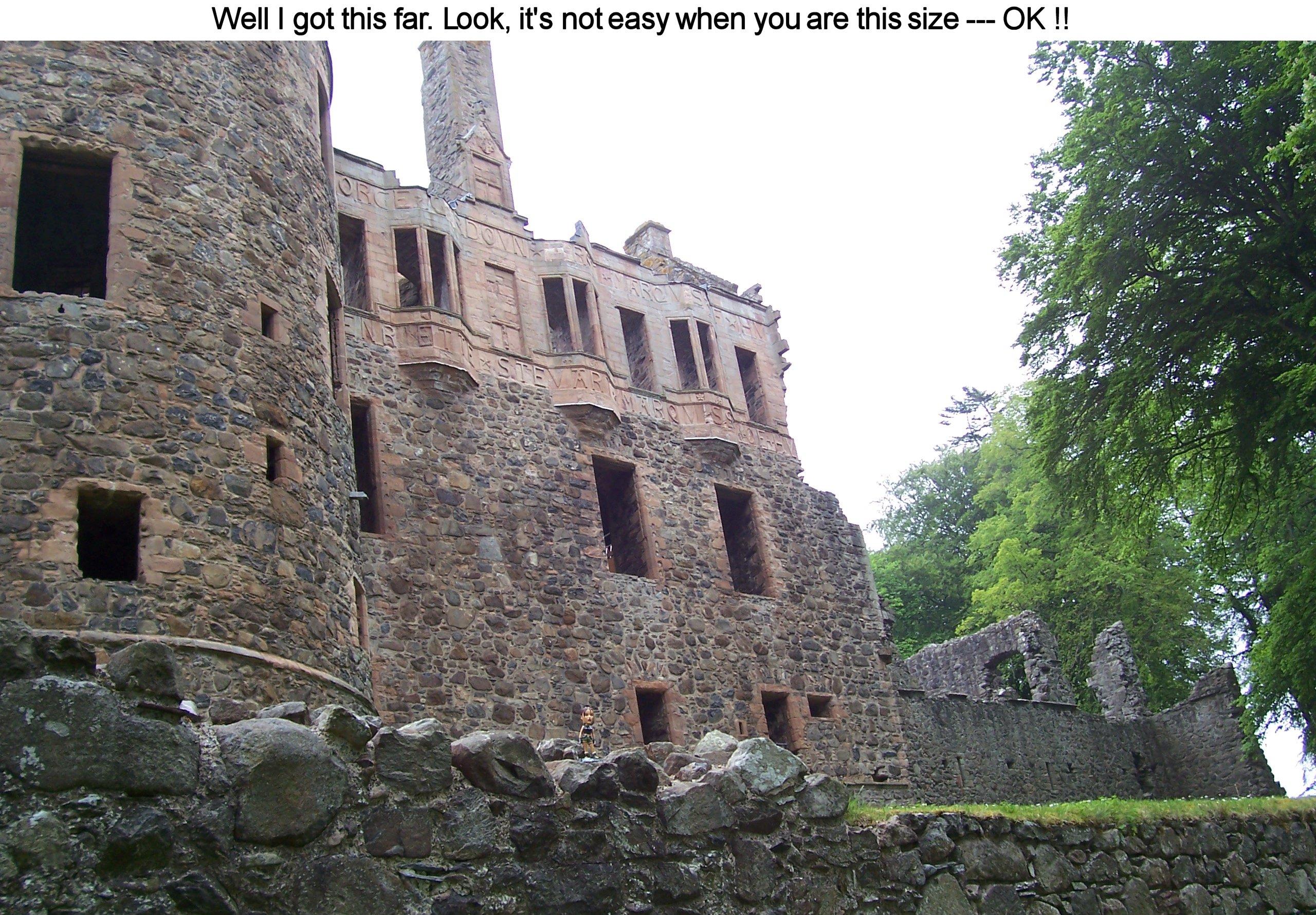 02817_Lara_in_Scotland_08_122_485lo.jpg