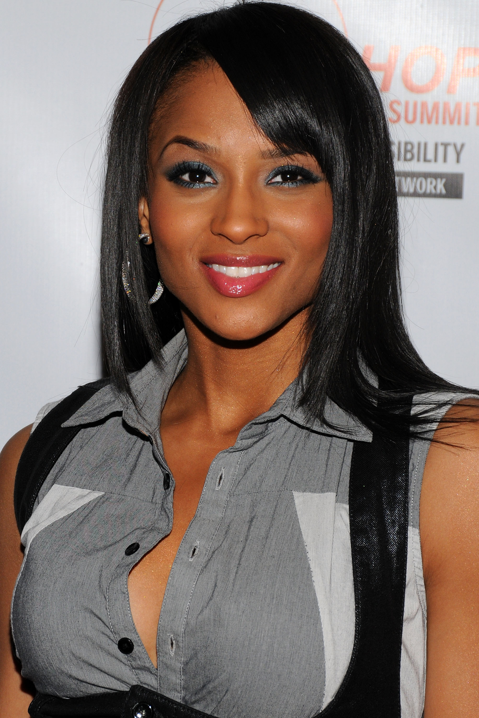 52243_Celebutopia-Ciara-Hip-Hop_Summit_Action_Network70s_Fifth_Annual_Action_Awards-05_122_676lo.jpg