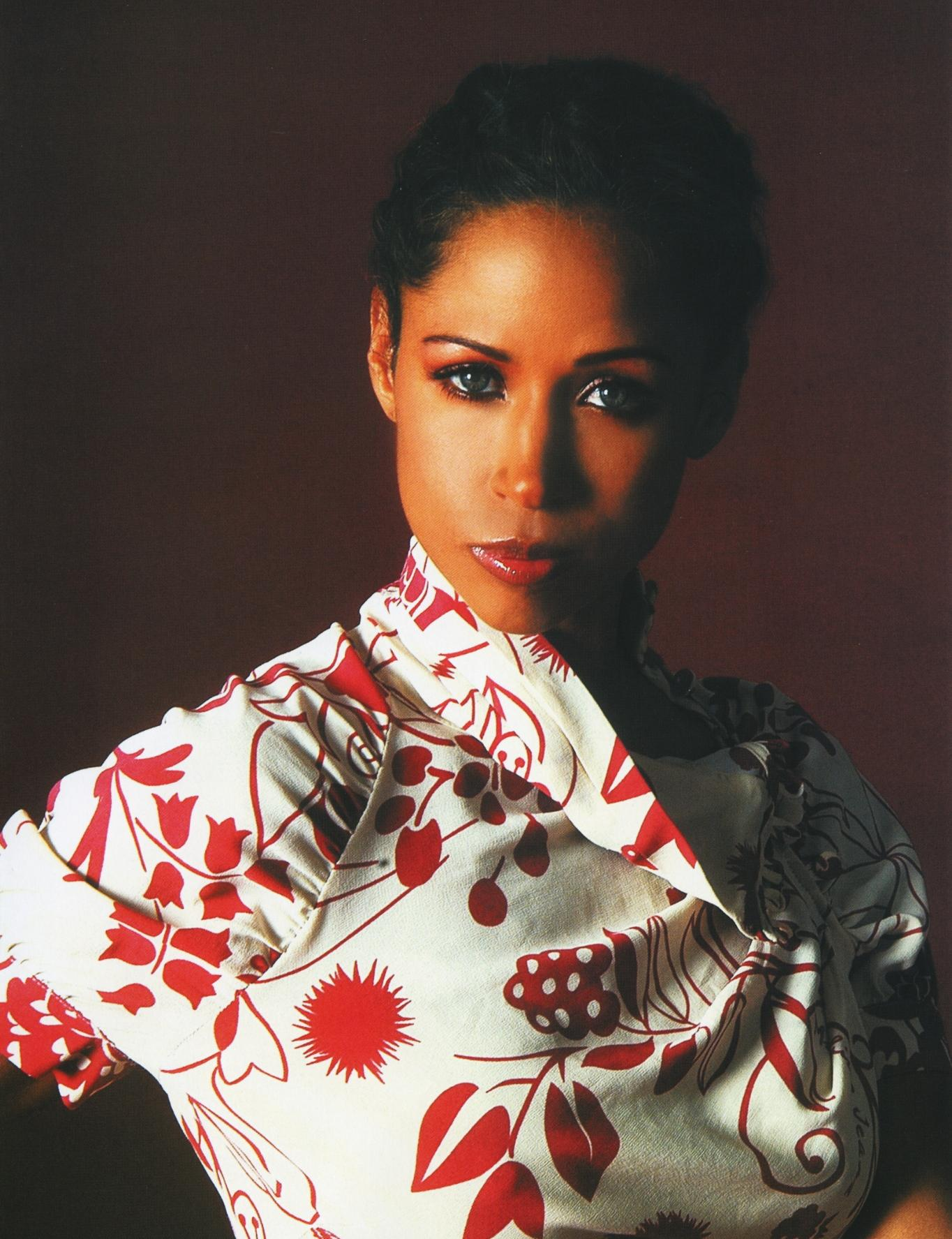 80118_StaceyDash10_122_463lo.jpg