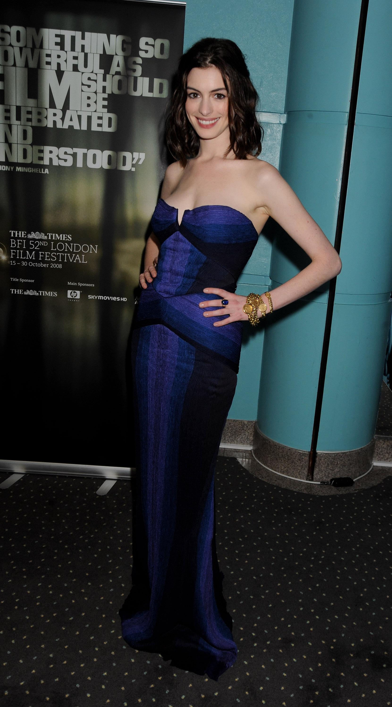 36095_Anne_Hathaway-Rachel_Getting_Married_premiere-009_122_728lo.jpg