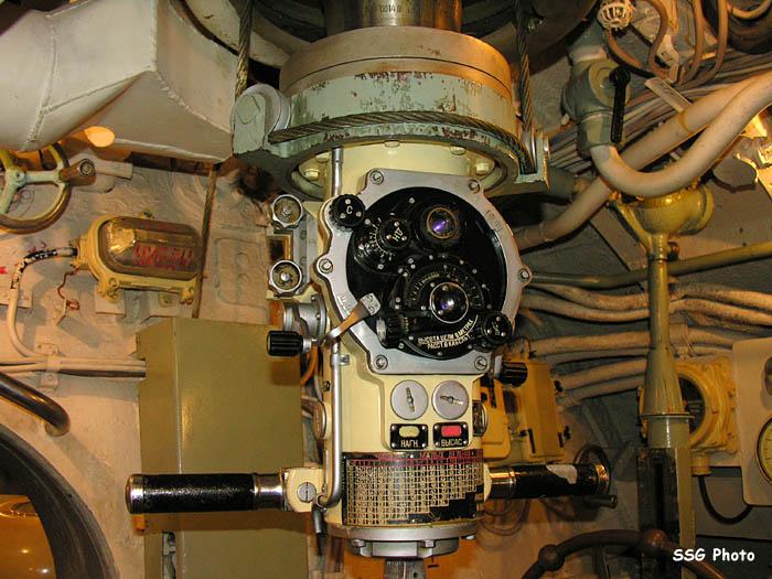 37369_submarine08_122_778lo.jpg
