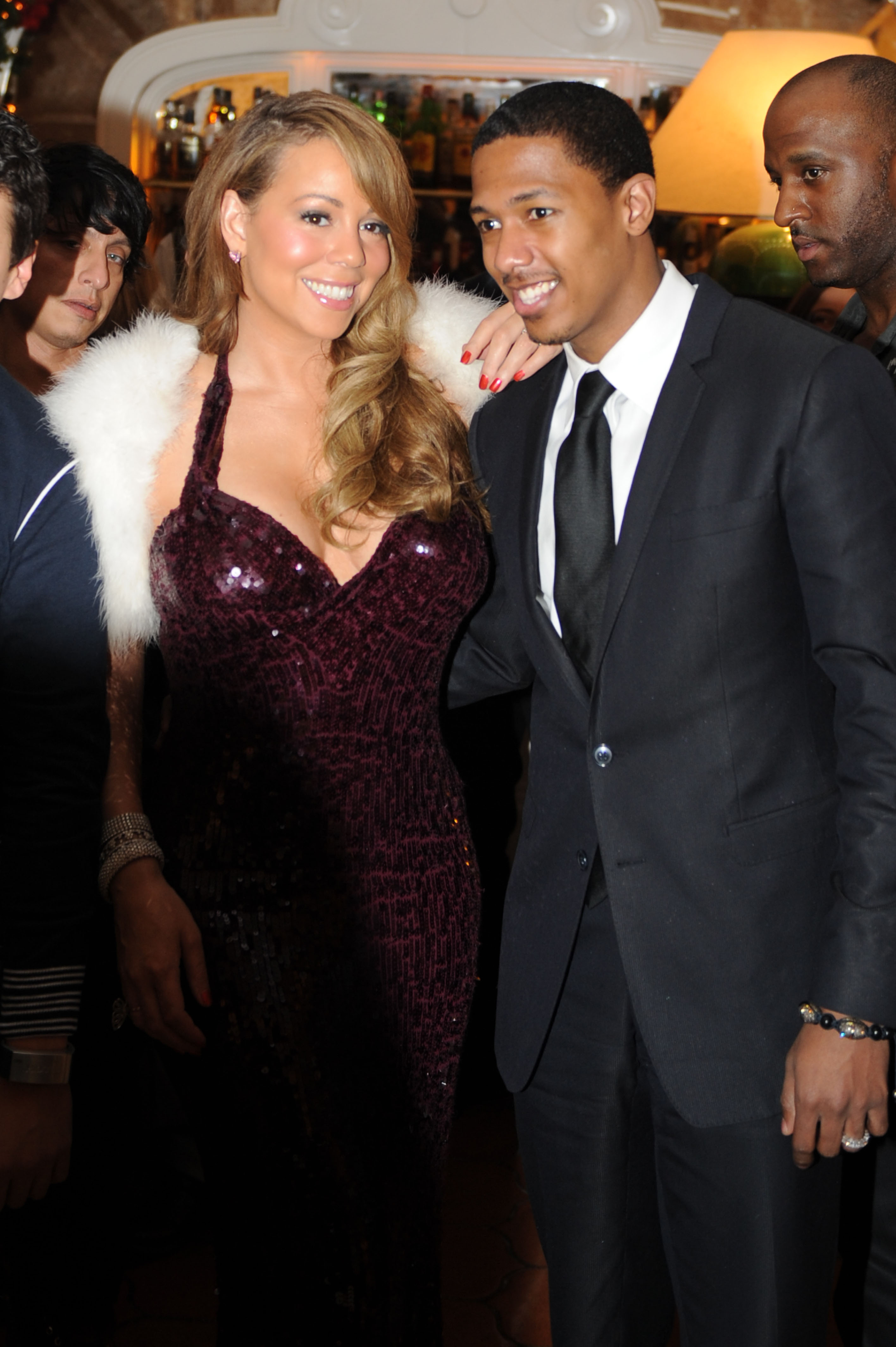 25867_Mariah_Carey_at_the_14th_Annual_Capri_Hollywood._28_2009_391_122_587lo.jpg