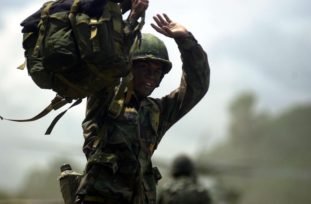 73298_Thailand_military4_122_49lo.jpg