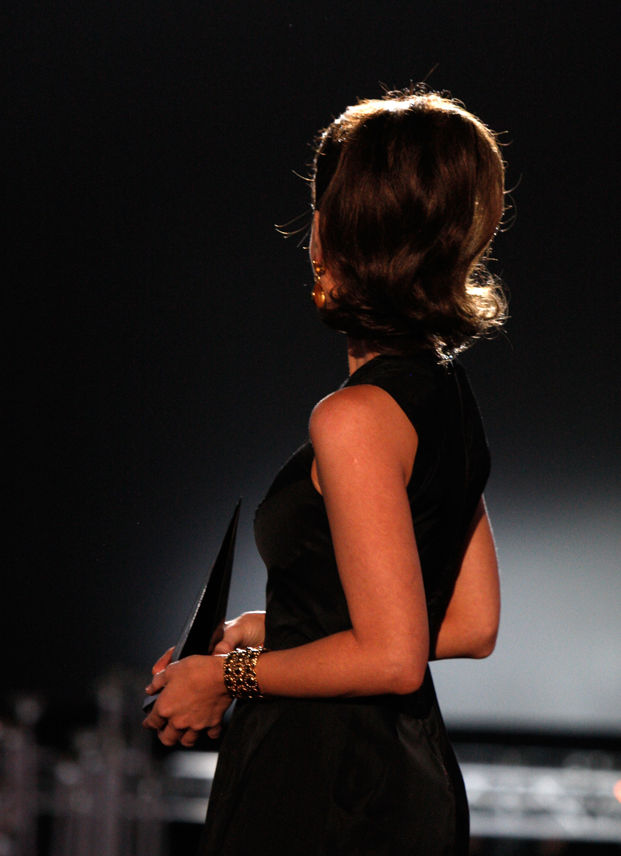 09362_Celebutopia-Kate_Beckinsale-Spike_TV10s_2008_Scream_awards_show-15_122_1130lo.jpg