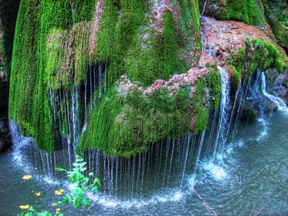 309895682_bigar_waterfall_romania_122_592lo.jpg