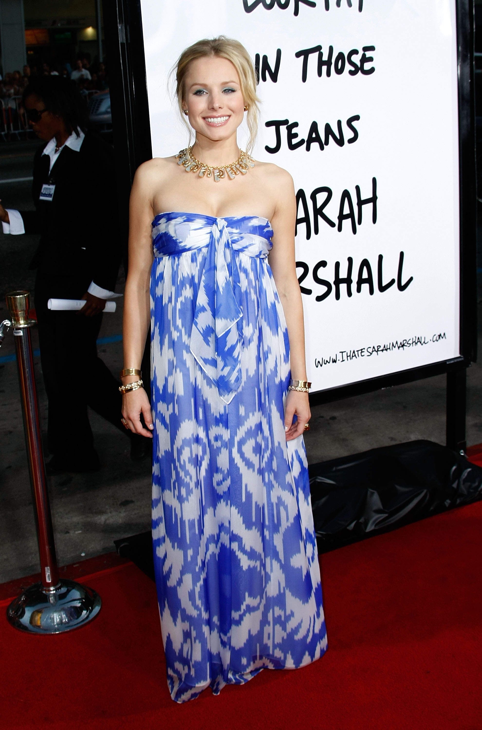 95047_Kristen_Bell-Forgetting_Sarah_Marshall_premiere_in_Hollywood_988_122_1149lo.jpg