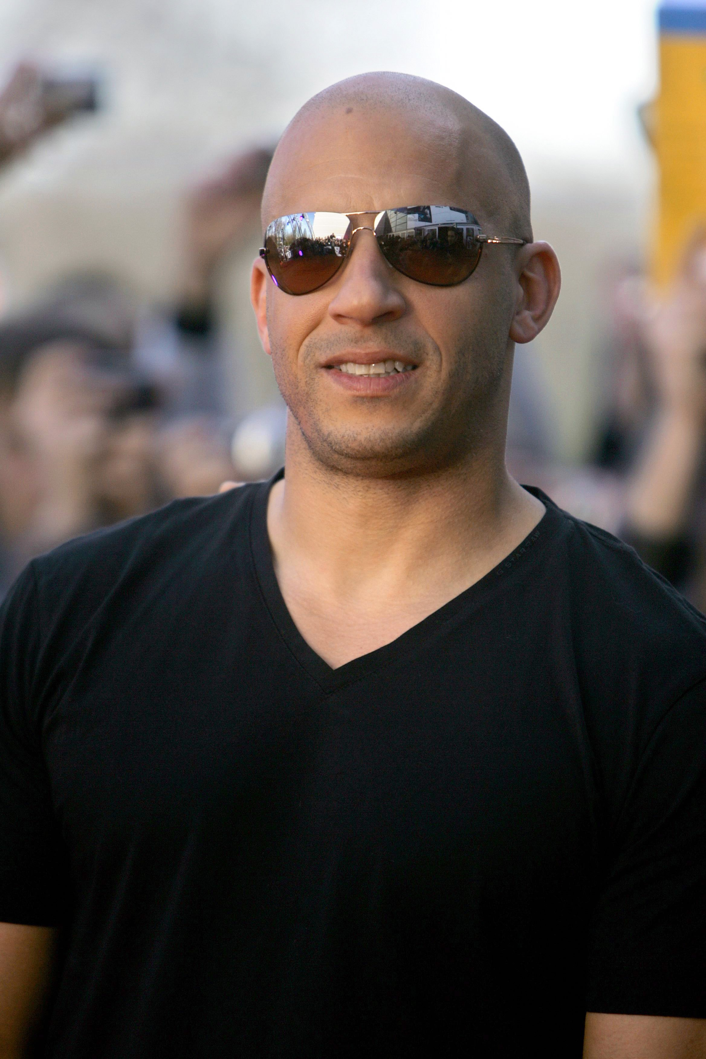 02817_Celebutopia-Vin_Diesel-Fast_7_Furious_French_premiere_in_Lille-02_122_1167lo.jpg