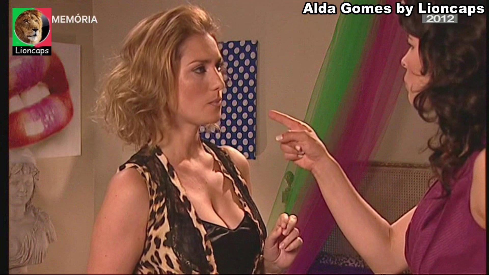 995559972_alda_gomes_vs181228_0247_122_137lo.JPG