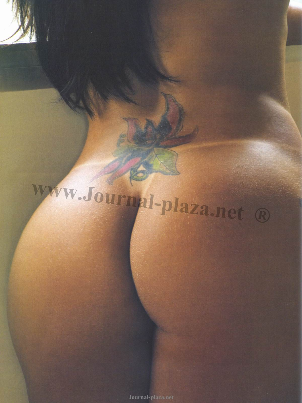 85872_Playboy_2008_10_-_90_122_1179lo.jpg