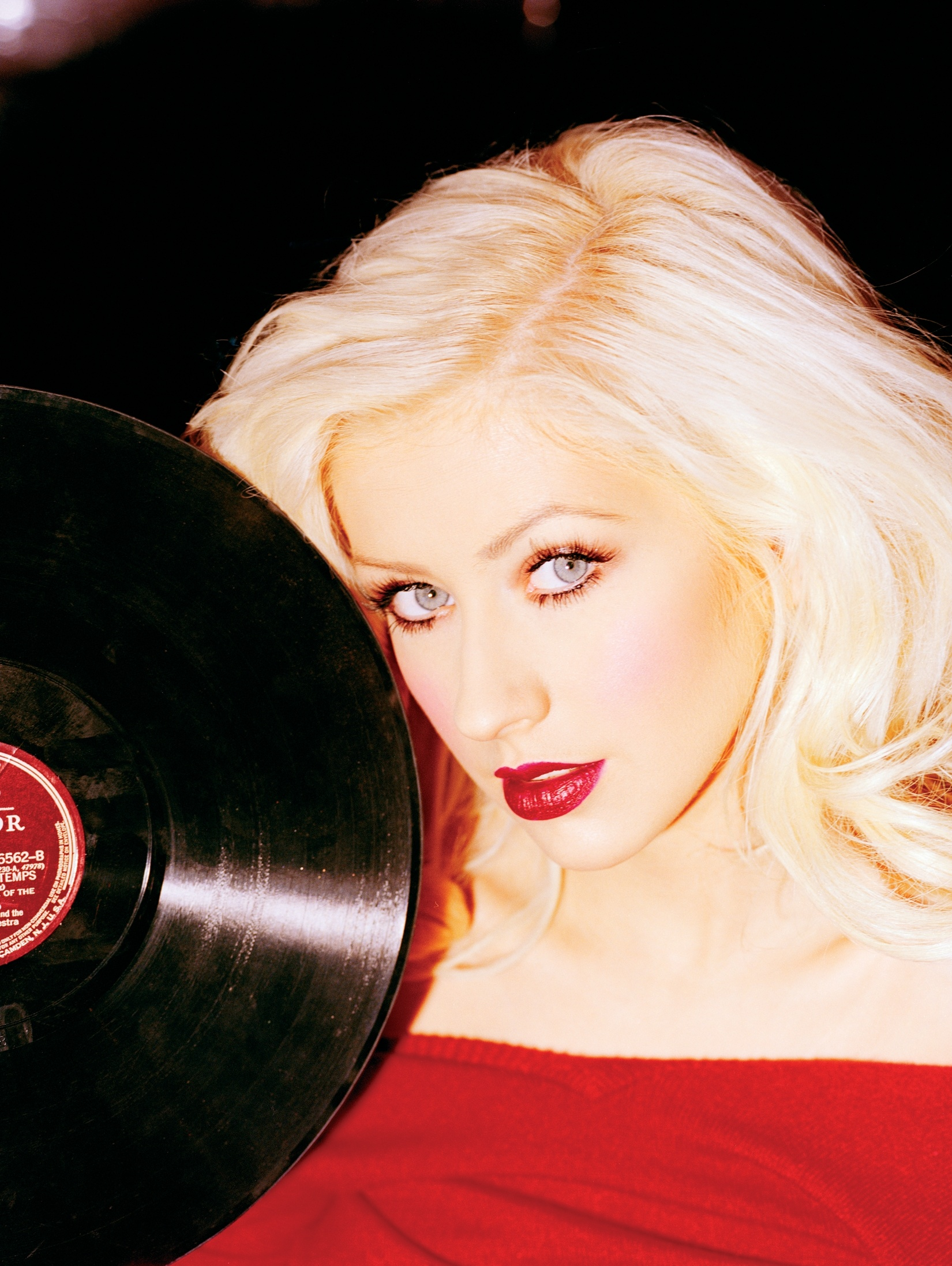 95814_Christina_Aguilera-017739_02Back_to_Basics58_Promotional_Pictures_122_979lo.jpg