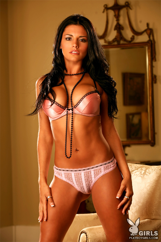 55758_Women_Of_Playboy_01_Vanessa_Raia_05_122_669lo.jpg