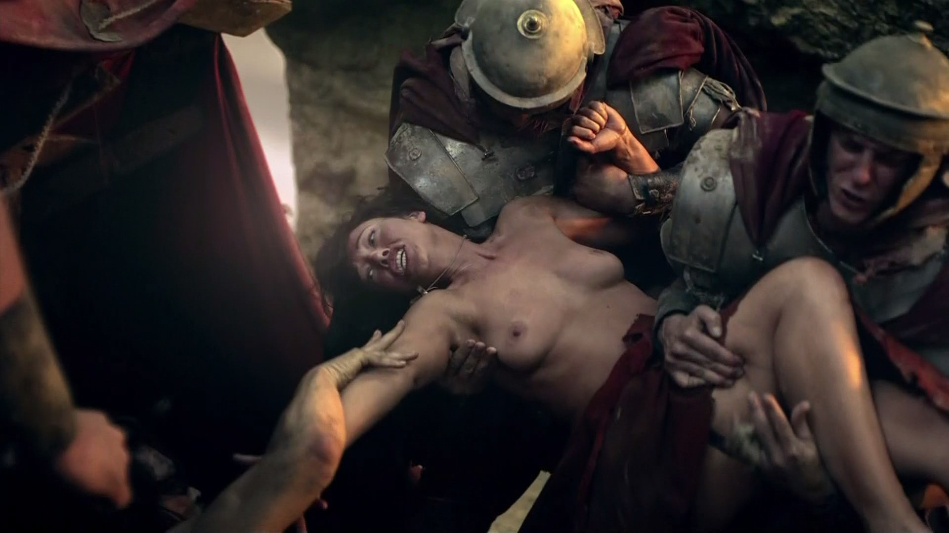 39901_Erin.Cummings-Spartacus.Blood.and.Sand.1x01-1080i-09_123_932lo.jpg