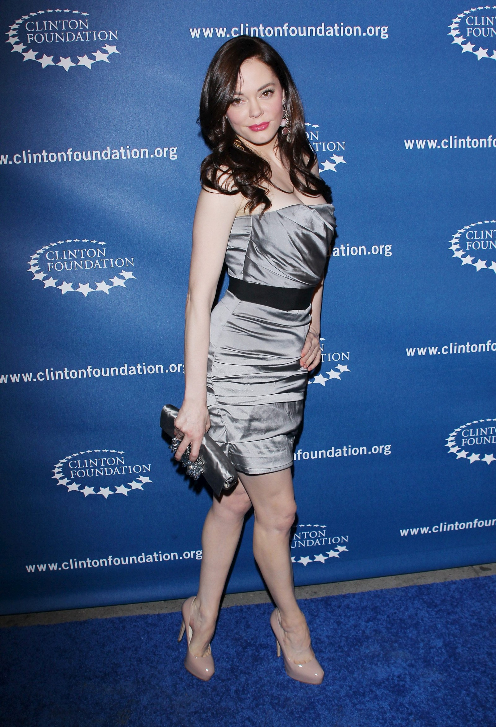 751848836_Rose_McGowan_Millennium_Network_Event_in_Hollywood_March_17_2011_08_122_238lo.jpg