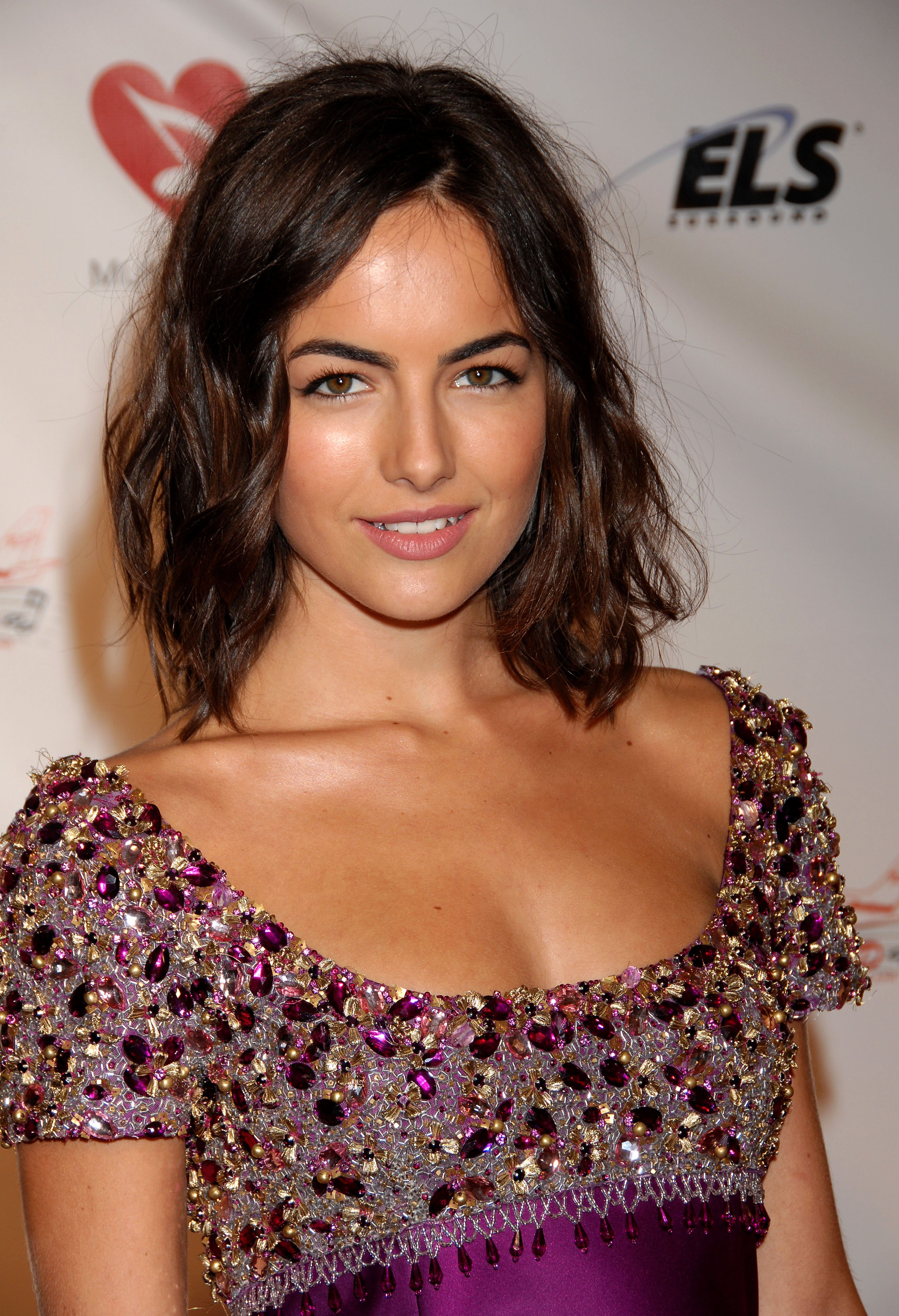 07623_Celebutopia-Camilla_Belle_arrives_at_the_2009_MusiCares_Person_Of_The_Year_Gala-16_122_1025lo.JPG